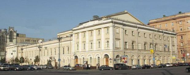 Для студентов вход в московские театры сделали бесплатным