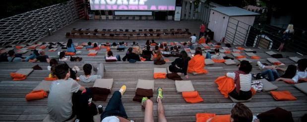 В последний месяц лета в столице заработают бесплатные кинотеатры