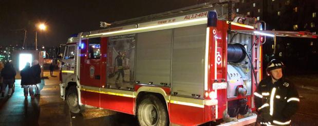Во время пожара на северо-востоке столицы удалось спасти троих людей
